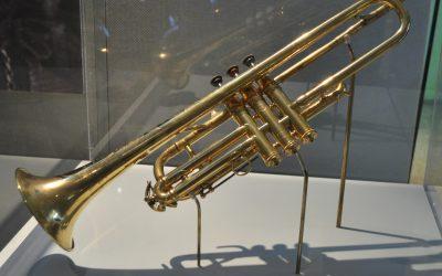 Trumpet cross – Rein van den Broek