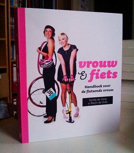 Vrouw en fiets – Nynke de Jong en Marijn de Vries